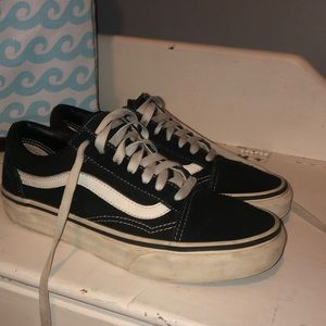 Vans Old Skool Core Classics Black // M 6, W 7.5